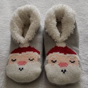 """Gymboree """"Ho Ho Ho"""" Santa Slippers"""